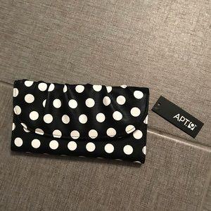 Apt 9 Clutch Wallet